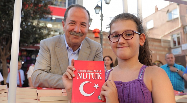 """EDİRNE BELEDİYESİ'NDEN 10 BİN ADET """"NUTUK"""""""