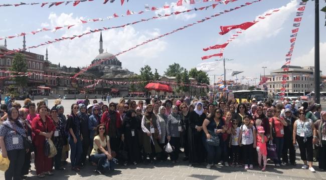 BİN 500 KİŞİ İSTANBUL'U KEŞFETTİ