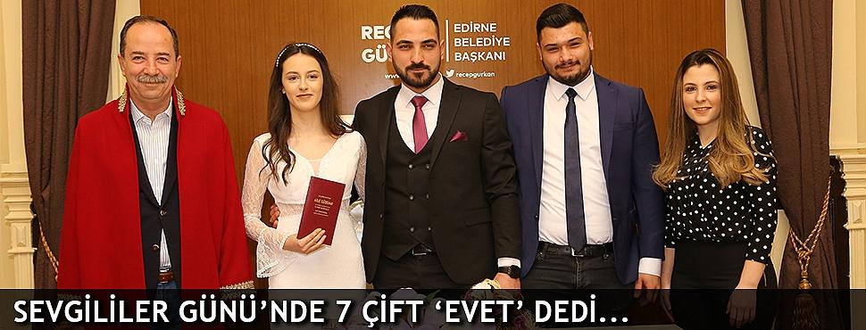 SEVGİLİLER GÜNÜ'NDE 7 ÇİFT 'EVET' DEDİ